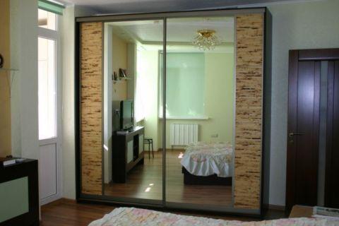 Зеркальный шаф с бамбуком