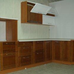 Кухня из массива ясеня рамка