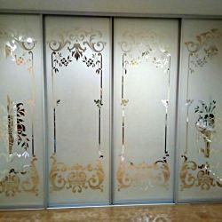 """Зеркальный фасад с пескоструем """"вензеля"""""""