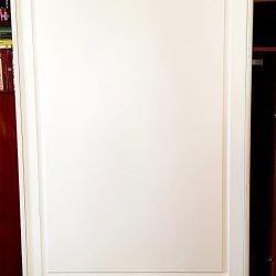 Дверь шкафа-купе МДФ крашенный с фрезеровкой