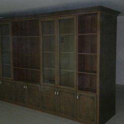 Стенка с распашными шкафами