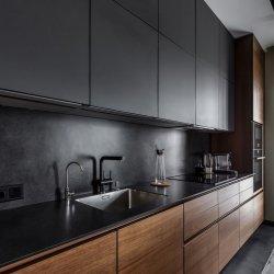 "Темная кухня ""под потолок"", МДФ краска + шпон"