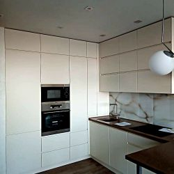 Белая кухння