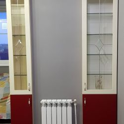 Встроенные витринные шкафы