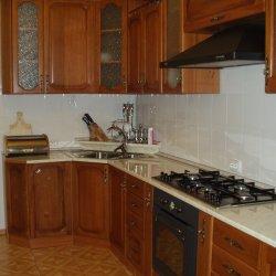 Кухня из массива угловая