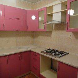 Угловая кухня розовая МДФ глянец