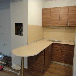 Кухня ЛДСП встроенная 2