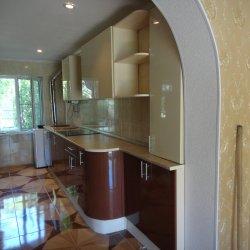 Кухня на заказ с закругленным фасадом 2