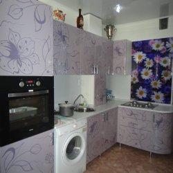 Кухня МДФ с узорчатыми фасадами