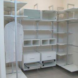 Белые шкафы для гардеробной