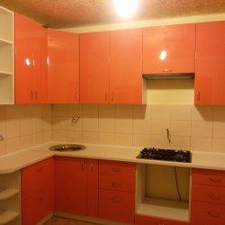 Ораньжевая кухня из крашенного МДФ