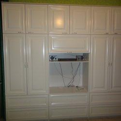 МДФ с фрезеровкой распашные шкафы