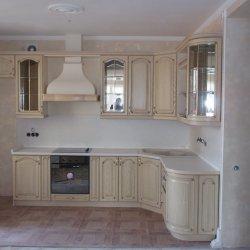 Кухня из массива белая угловая
