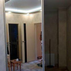 Дверь купе с зеркалом