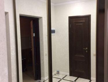 Встроенная гардеробная с зеркальным фасадом - 38100 р.