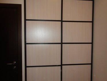 Шкафы-купе - ЛДСП с вставками