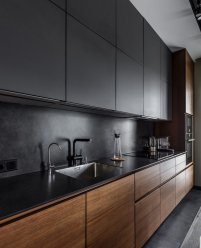 """Темная кухня """"под потолок"""", МДФ, верх - краска, низ - шпон"""