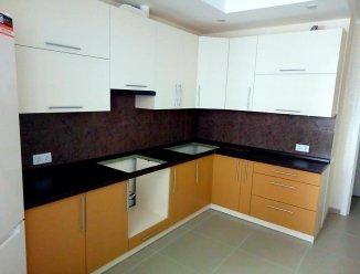 Оранжевая угловая кухня МДФ глянец