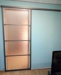 Раздвижная межкомнатная дверь с пескоструйным рисунком