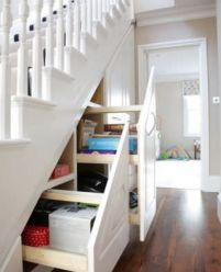 Выдвижные шкафы под лестницу