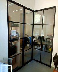 Стеклянная перегородка в стиле Лофт для офиса