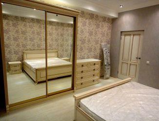 Набор мебели для спальни в классическом стиле