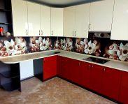 Красная угловая кухня из крашеного МДФ