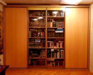 Книжный шкаф-купе с прозрачным стеклом